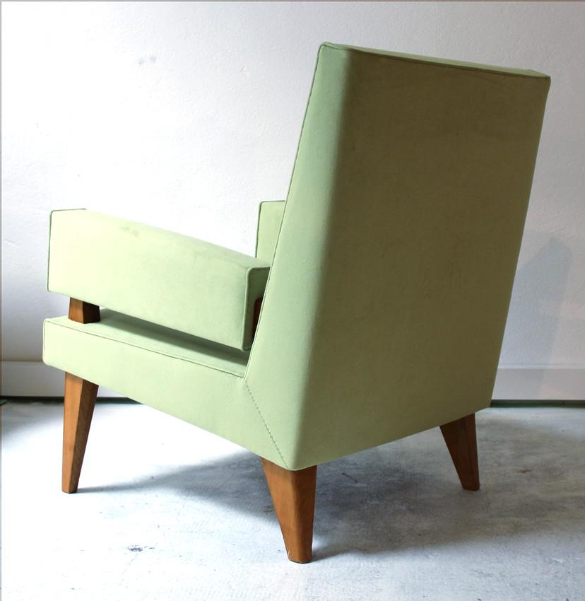 maxime old paire de fauteuils de conversation mod le 369. Black Bedroom Furniture Sets. Home Design Ideas